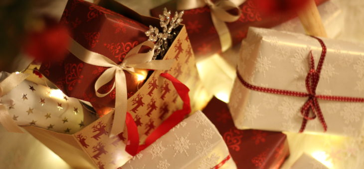 Holiday Gift Giving and Tax Deductions